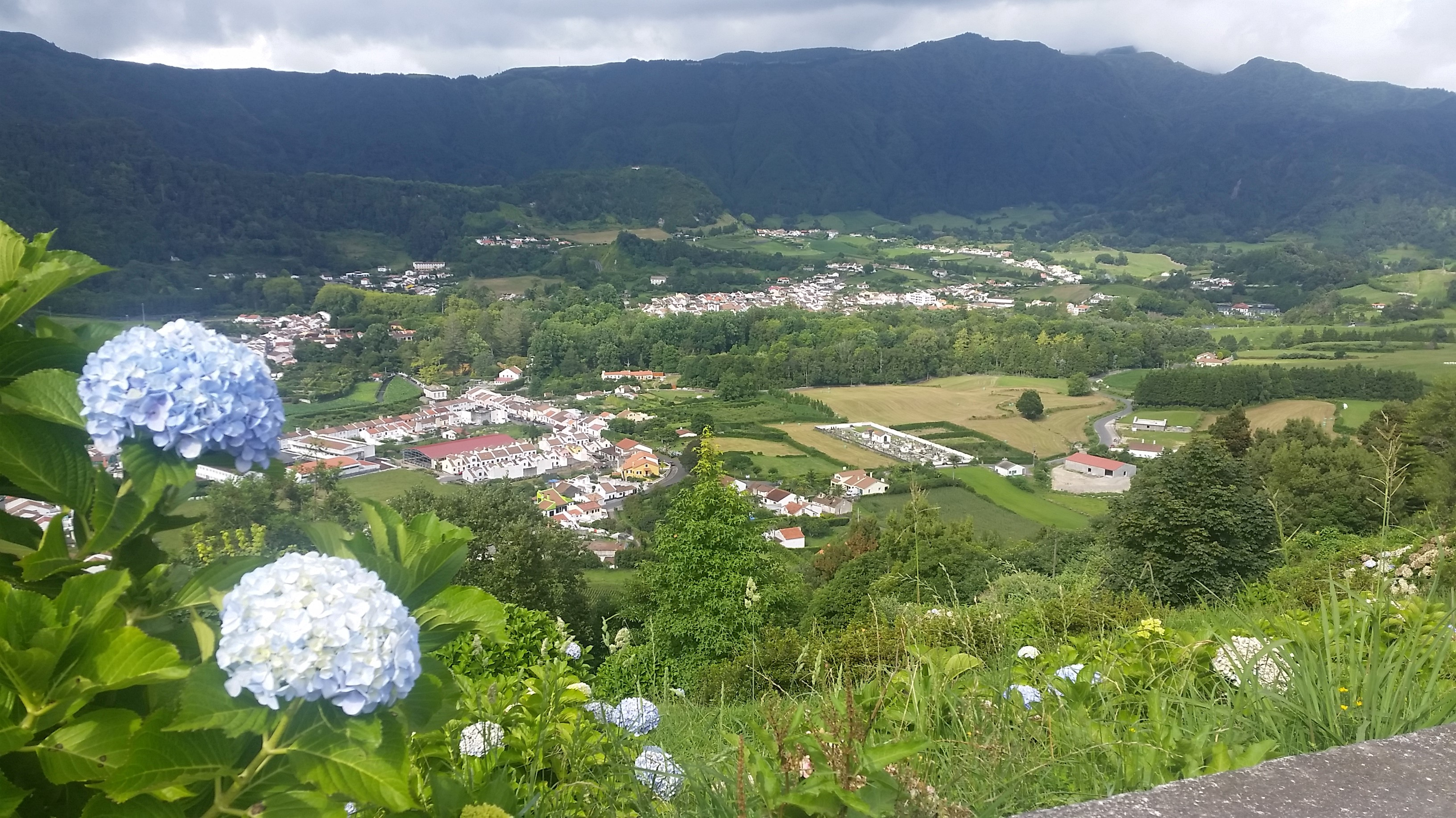 Lombo do Milho viewpoint of Furnas village