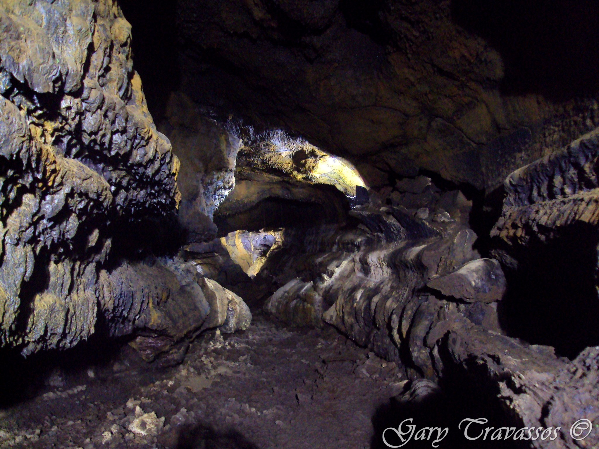 Gruta do Carvão volcano cave