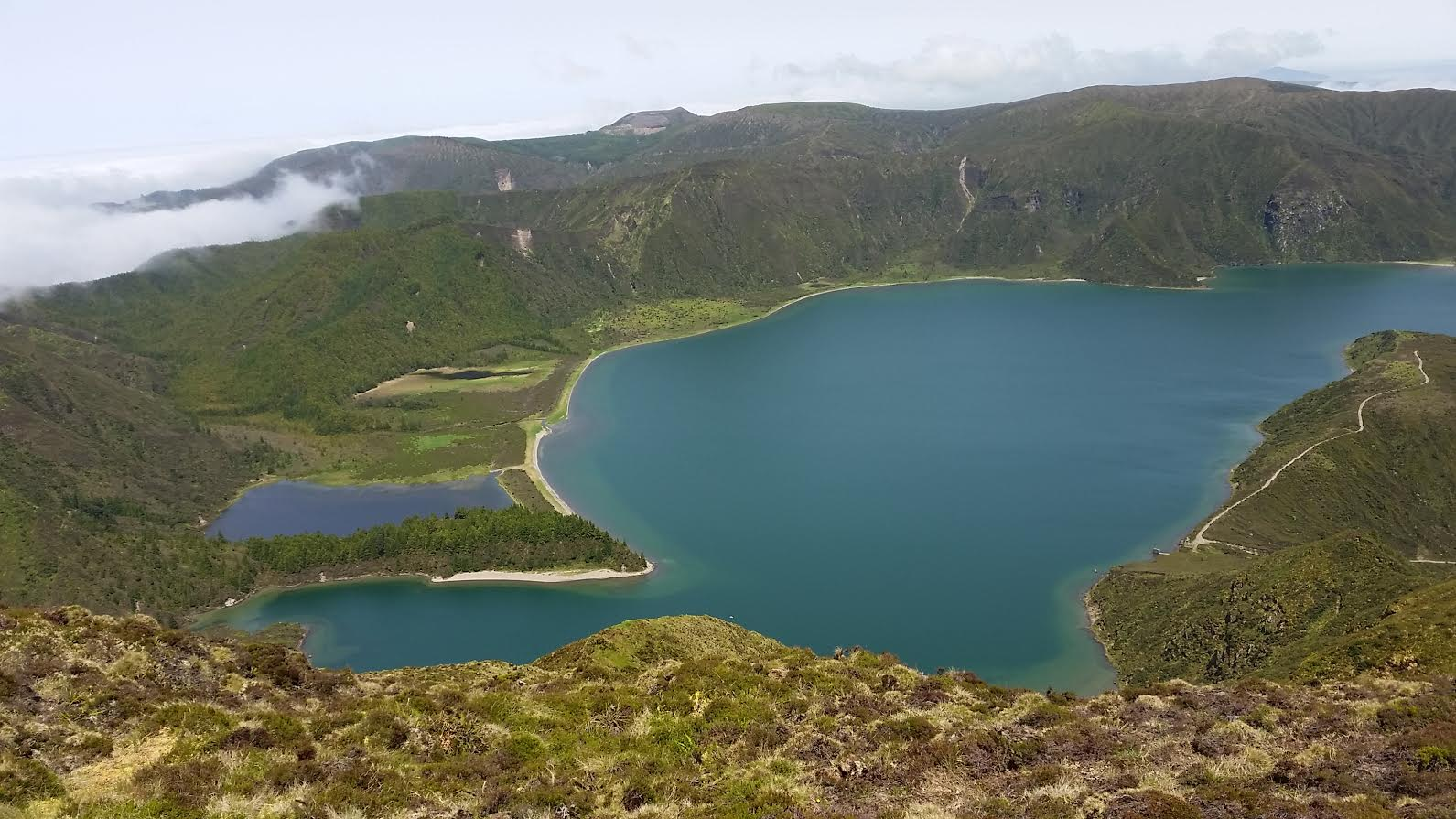 Fire Lake seen on the top of Pico da Barrosa (947 meters/3107 feet)