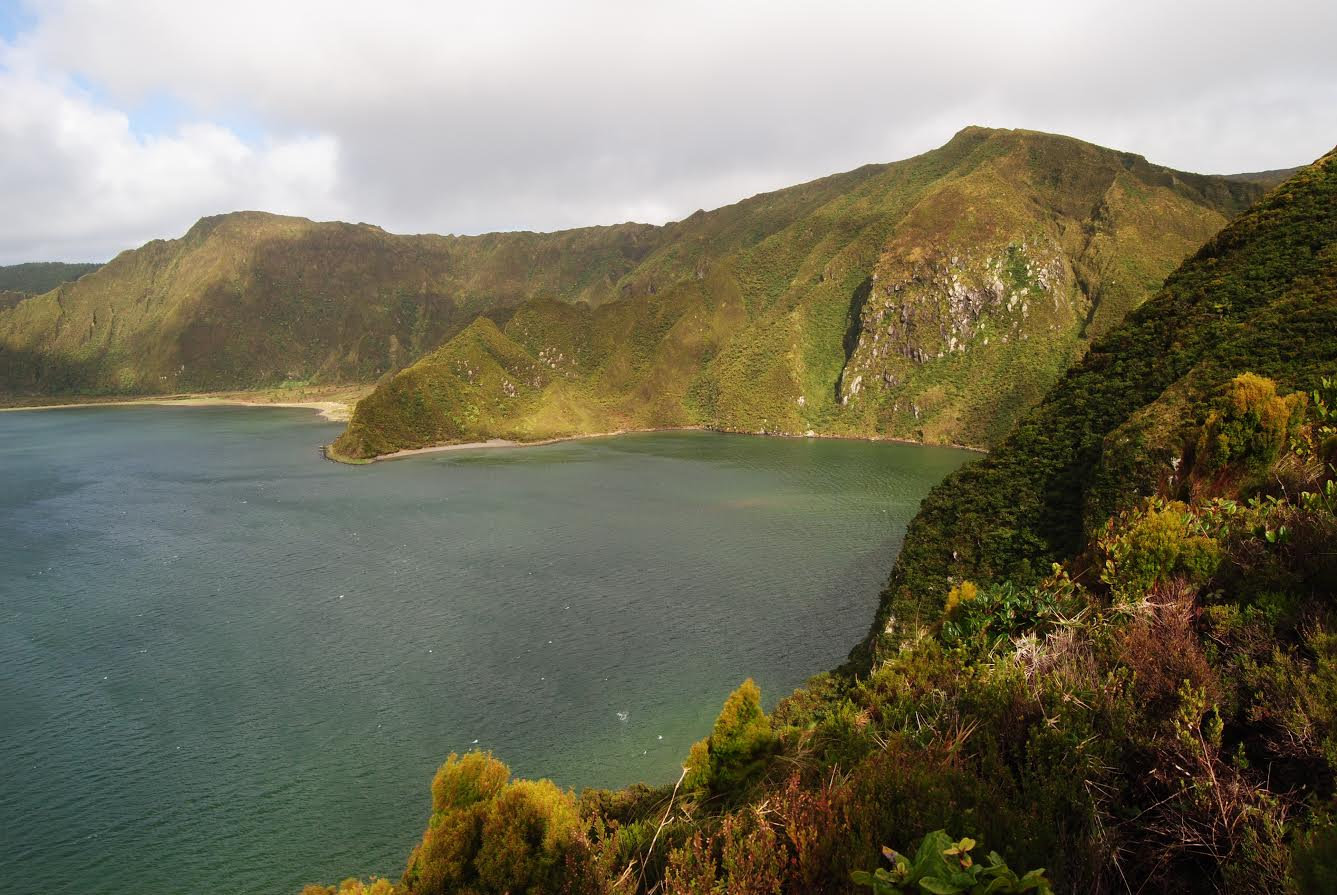 Hiking Tour # 3 - Praia - > Lagoa do Fogo