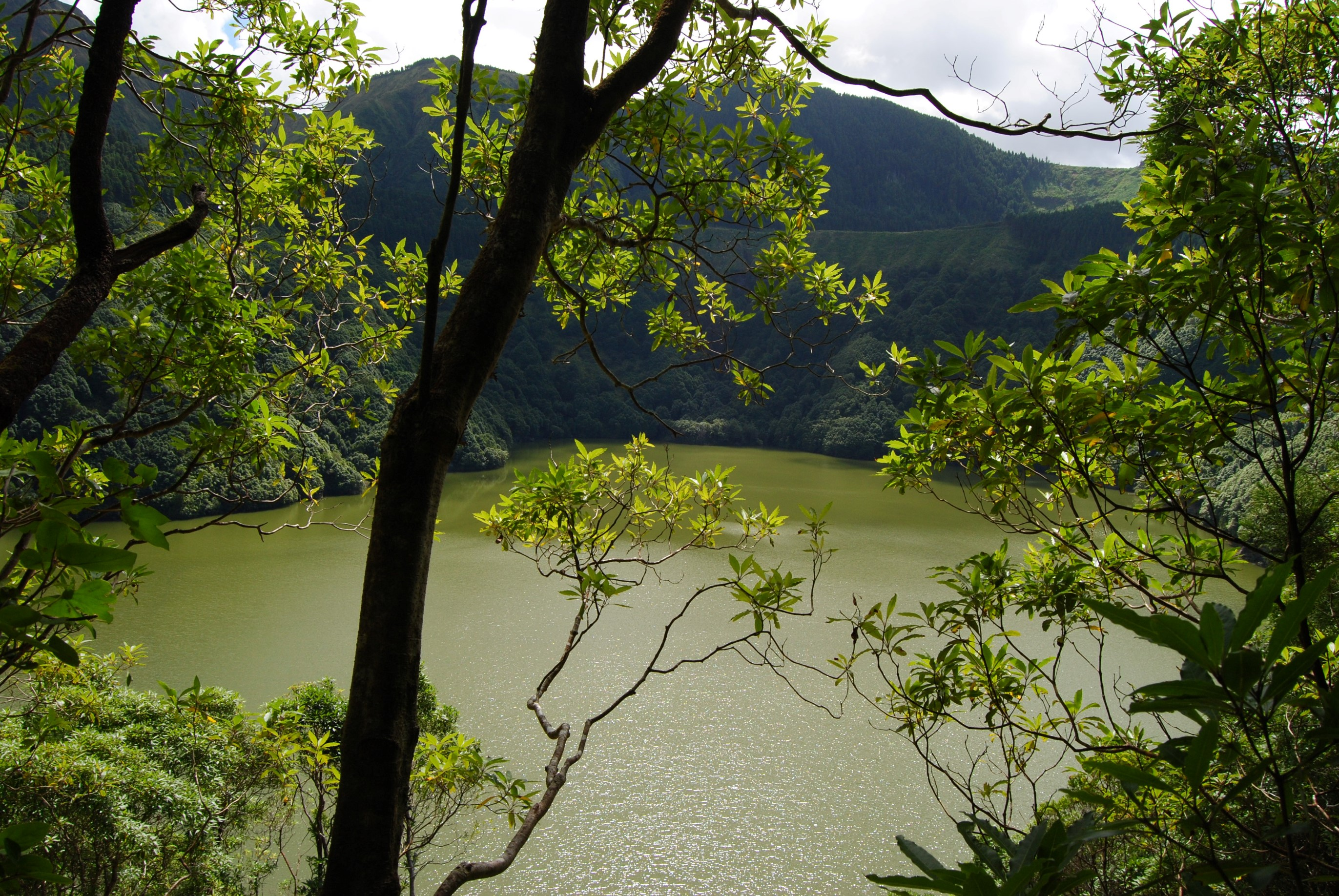At the bottom of São Tiago Lake